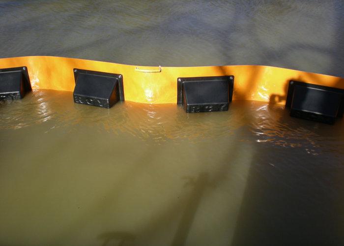 Barrage Saone anti-pollution flottant 2