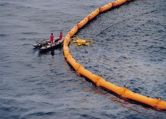 Barrage anti-pollution Reycaud haute mer 3